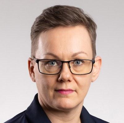 Jenný Margrét Henriksen : Grafískur hönnuður